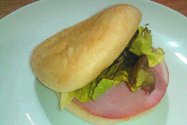 食事パン写真_03